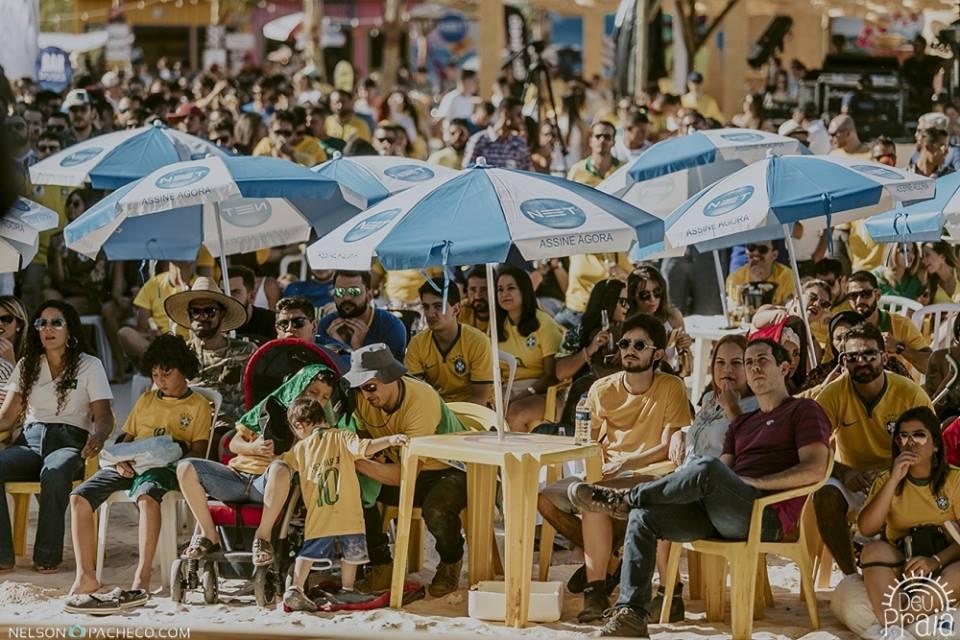Deu Praia transmite jogo Brasil x Sérvia em dia de shows