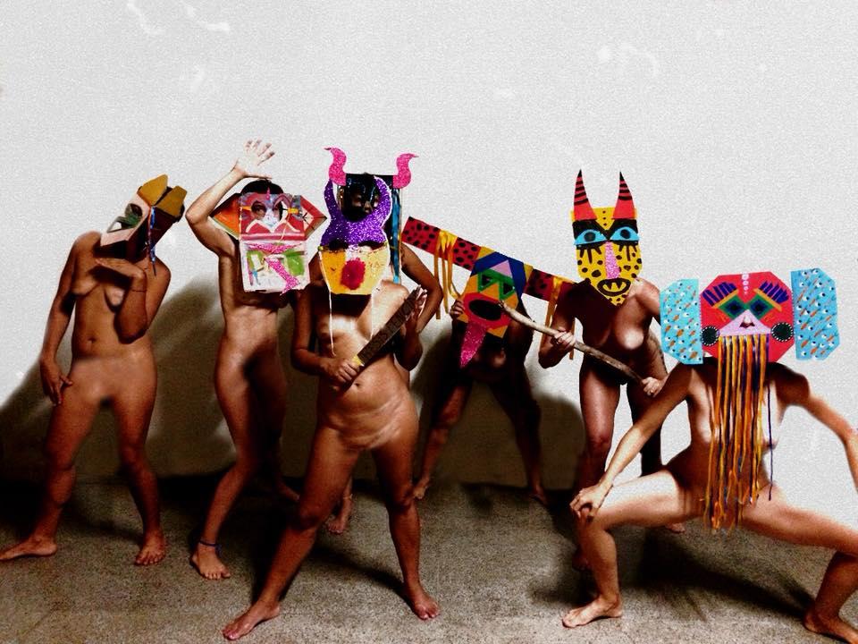 Tarot, psicologia, fotografia, dança e outras performances