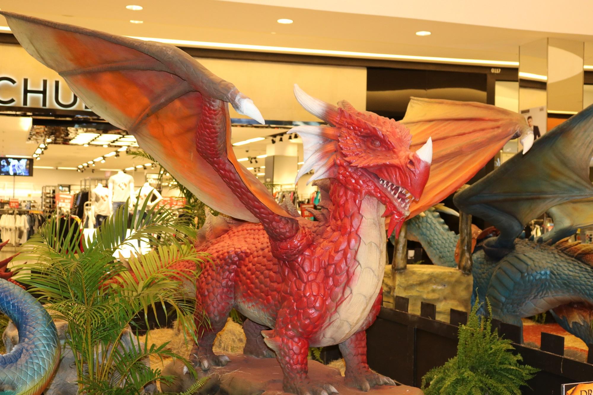 Shopping recebe exposição internacional Dragões
