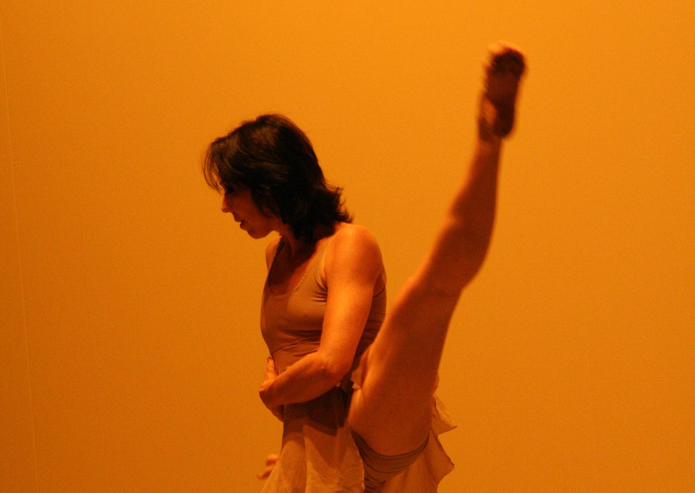 Bailarinos goianos a caminho de Cuba