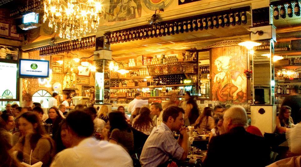 Brasileiro gasta 14% do salário em cerveja