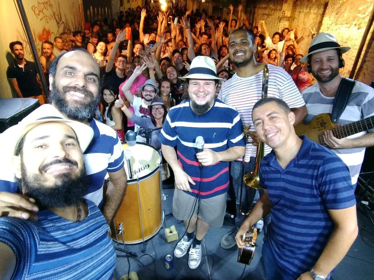 Domingo (19) tem roda de samba com Heróis de Botequim na Borogodó