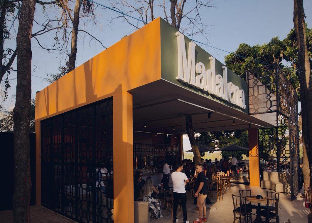 Shows e gastronomia movimentam espaço A Casa, no Alto da Glória