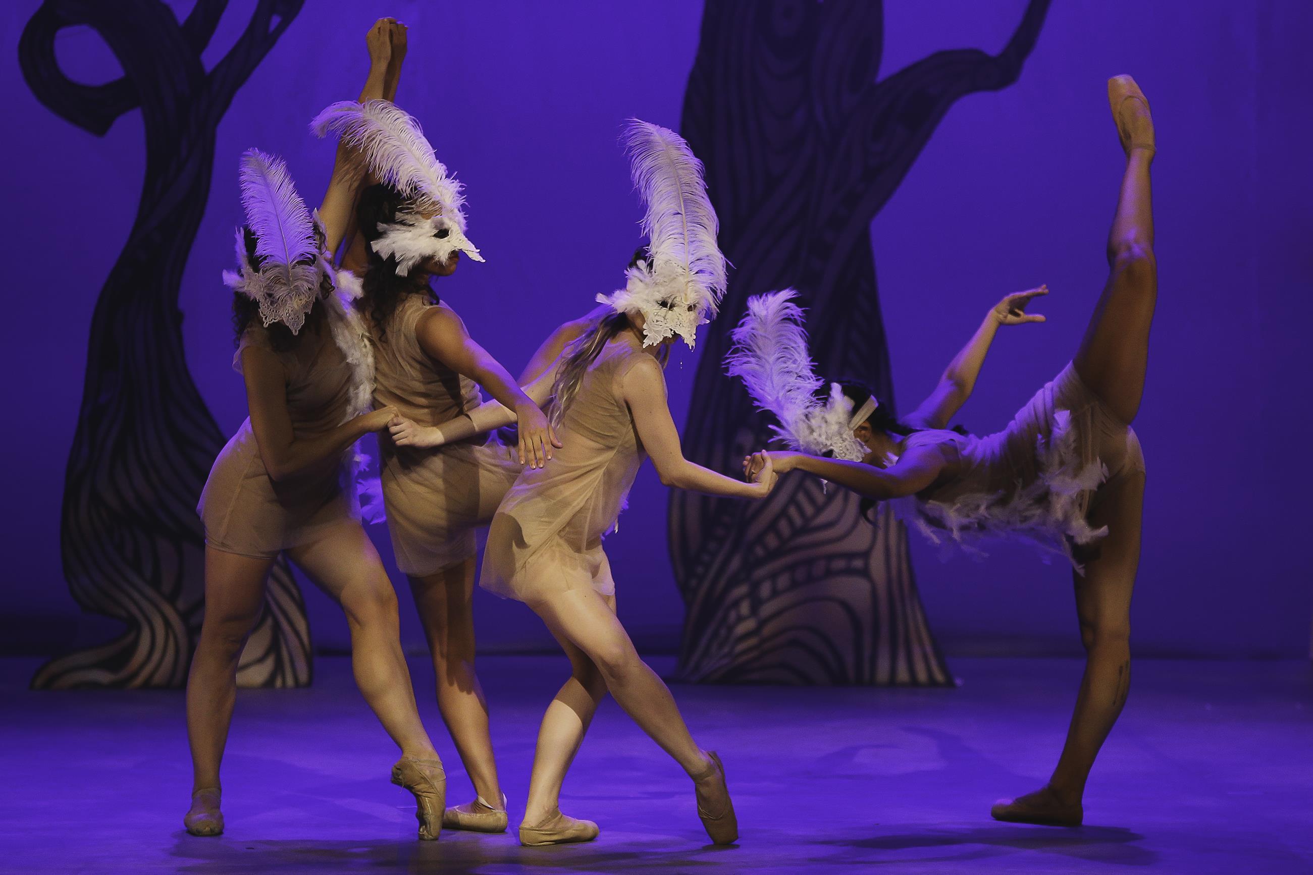 Espetáculo Mazombo terá duas sessões no Teatro Goiânia