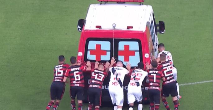 """Futebol no tranco"""