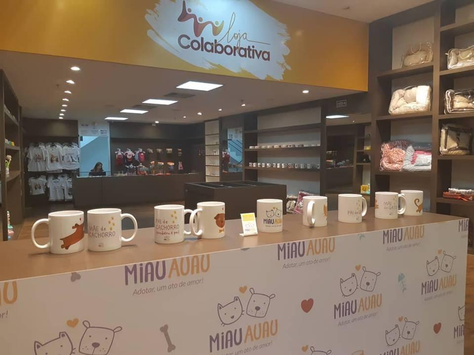 Grupo Miau Auau participa da Loja Colaborativa em shopping de Goiânia
