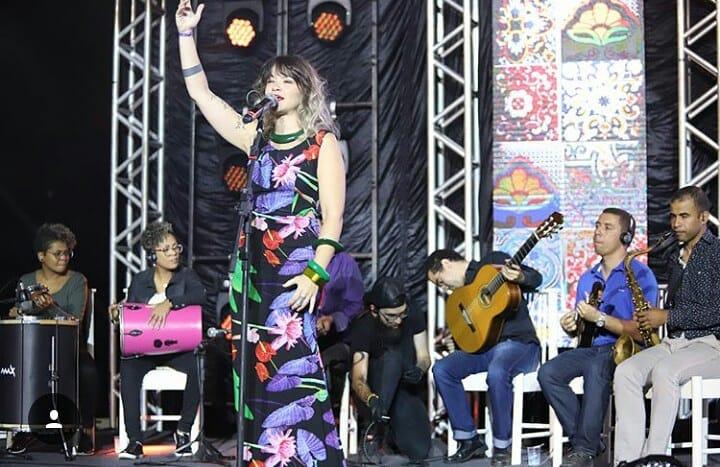 Roda de samba com Grace Carvalho e convidados agita bar em Goiânia