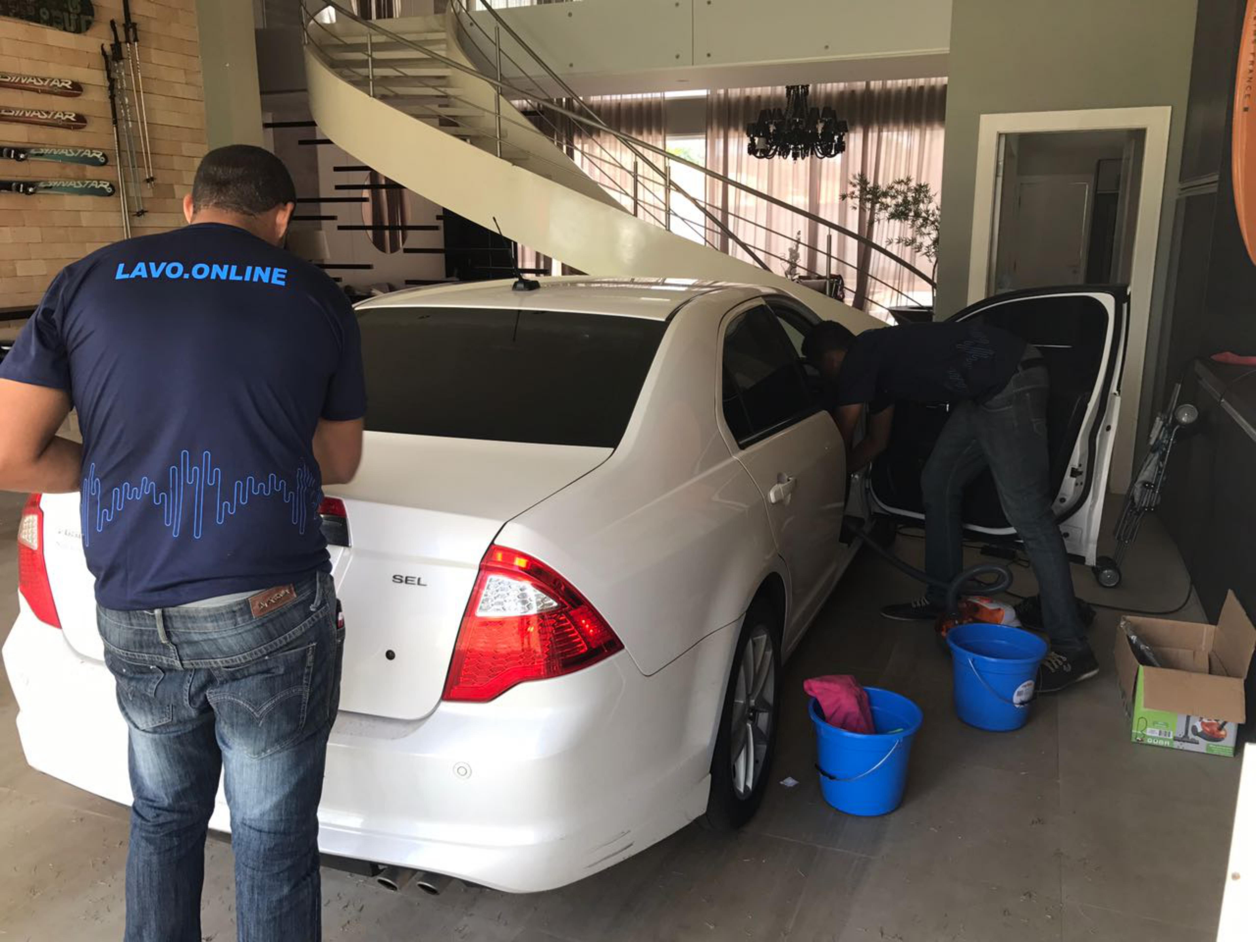 """""""Uber dos lavadores"""" oferece vagas para quem busca renda extra"""