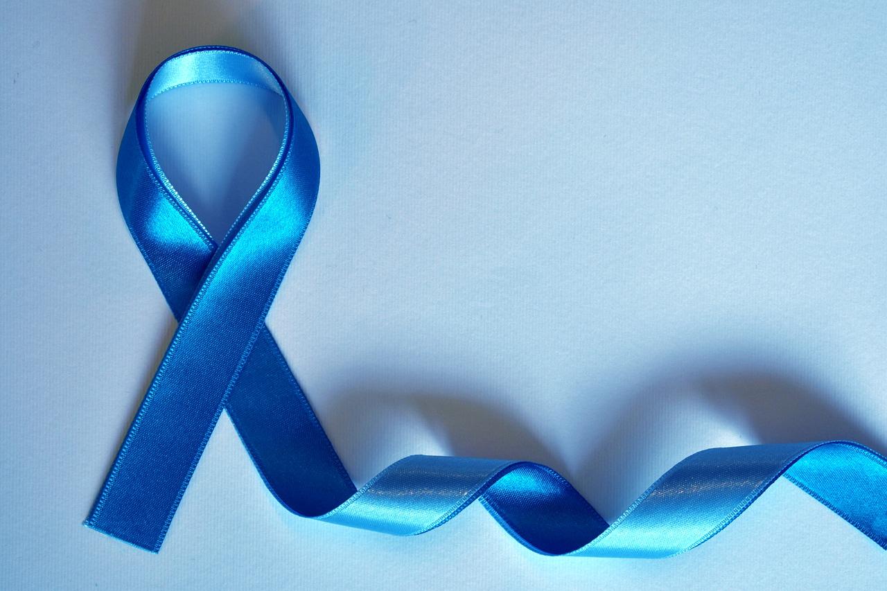 Novembro Azul é o mês dedicado ao cuidado com a saúde do homem