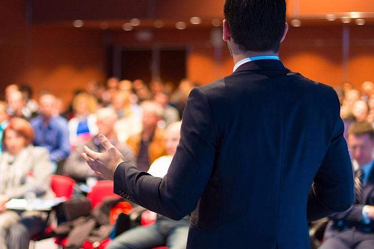 Inovação e finanças são temas de debate do Circuito Universitário Empreendedor