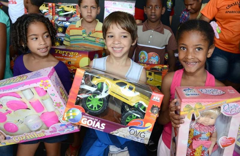 Show de Natal vai entregar 600 mil brinquedos nos municípios goianos