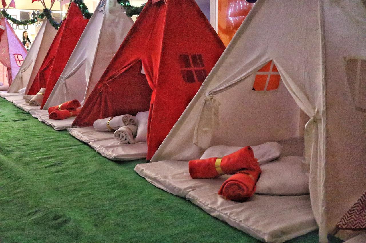 Shopping em Goiânia promove Acampamento de Natal com crianças carentes
