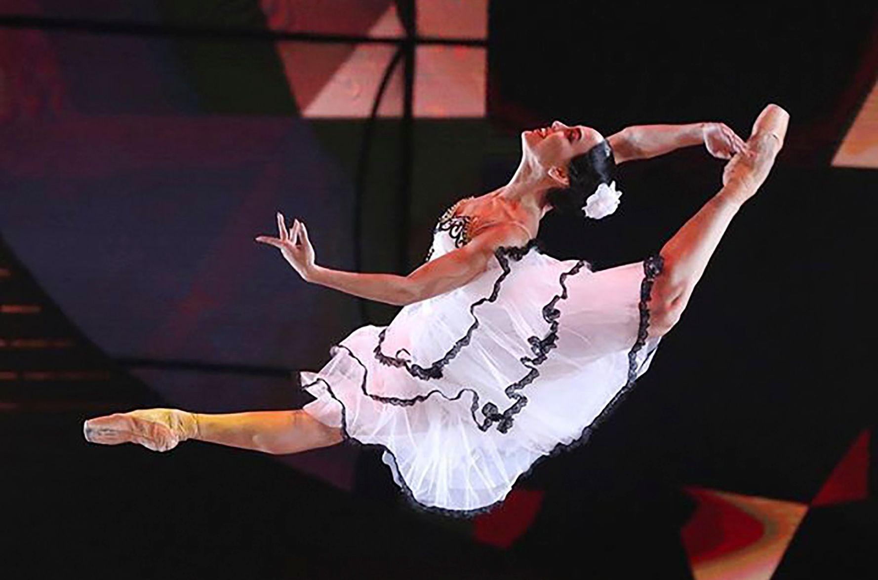 Bailarina goiana vence concurso em programa russo de TV