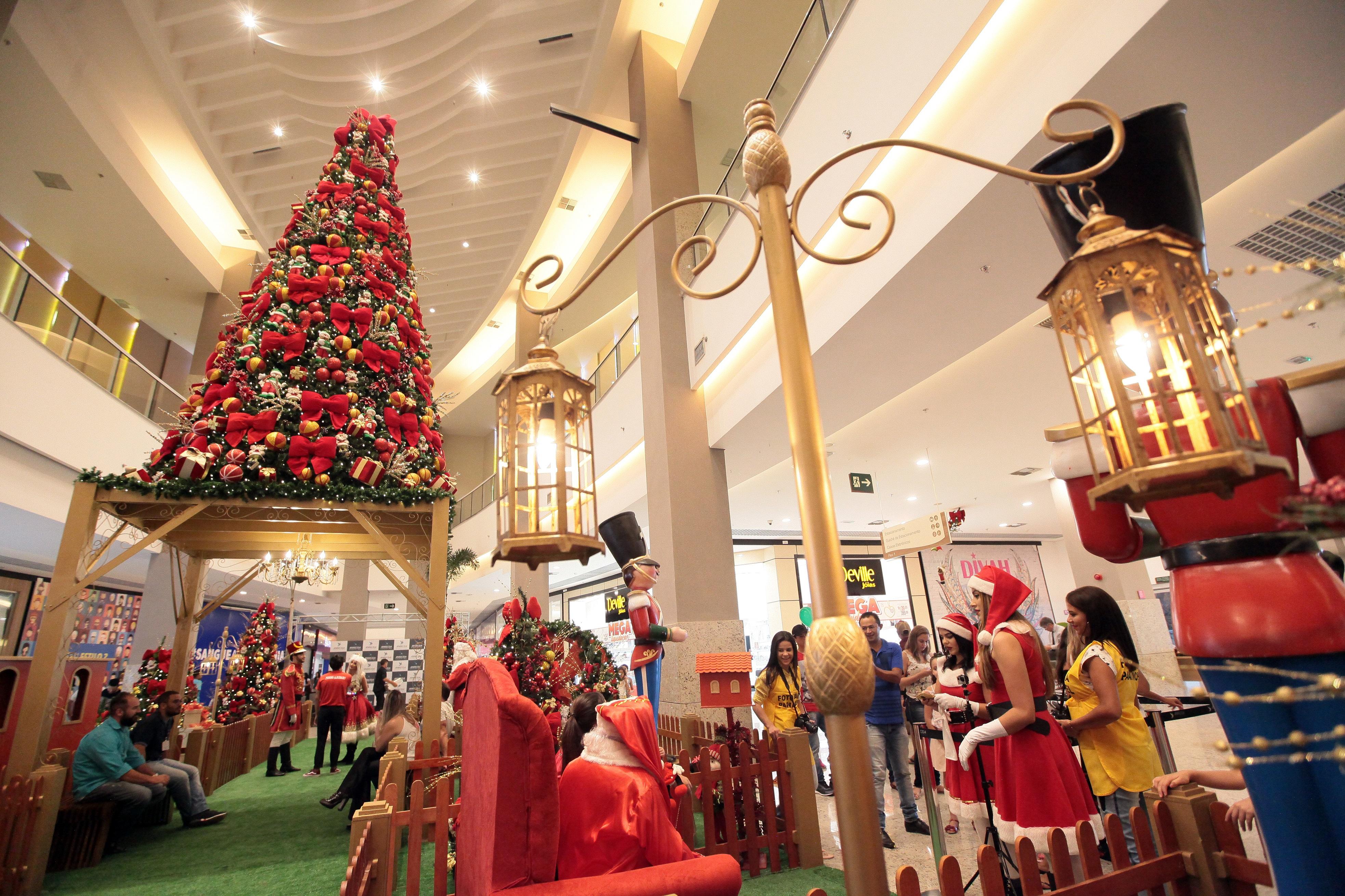 Shopping em Aparecida de Goiânia oferece diversas atrações natalinas em dezembro