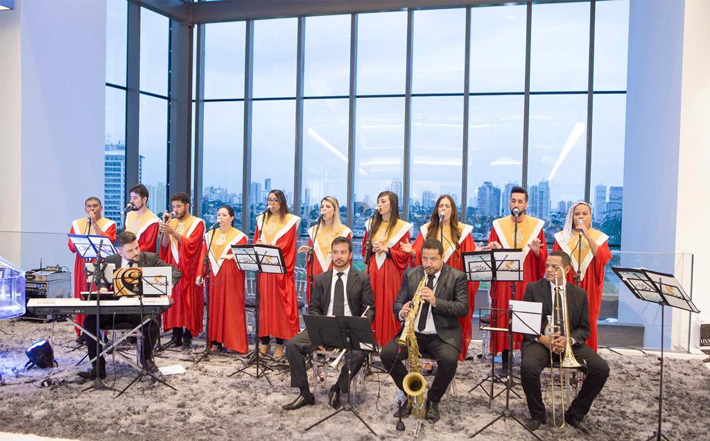 Orquestra de Violeiros do Instituto de Viola Almir Pessoa toca no HGG