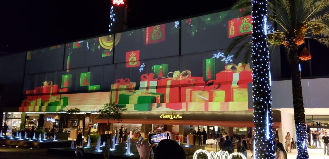 Shopping de Goiânia ganha projeção mapeada de Natal