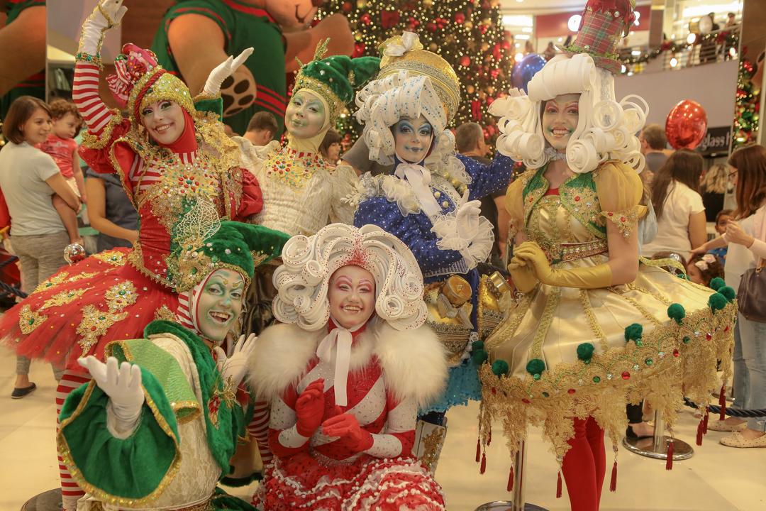 Espetáculo gratuito Sonho de Natal une música, teatro e magia em shopping de Goiânia