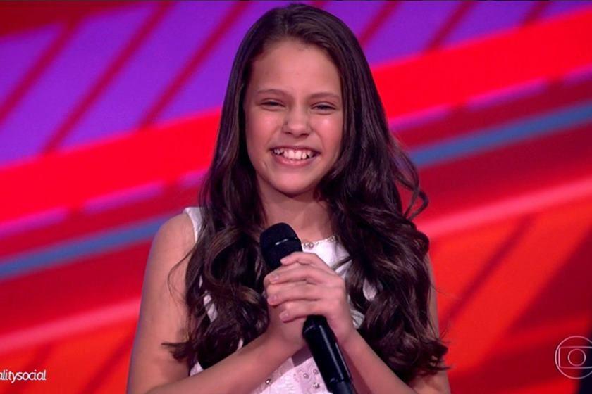 Ex-The Voice Kids, Bella Alencar participa de maratona com músicas natalina em Goiânia