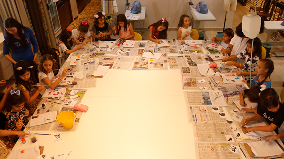 Clube de Costura em Goiânia anuncia programação infantil de Janeiro