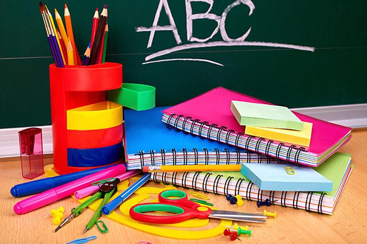 8 dicas para economizar na hora de comprar material escolar