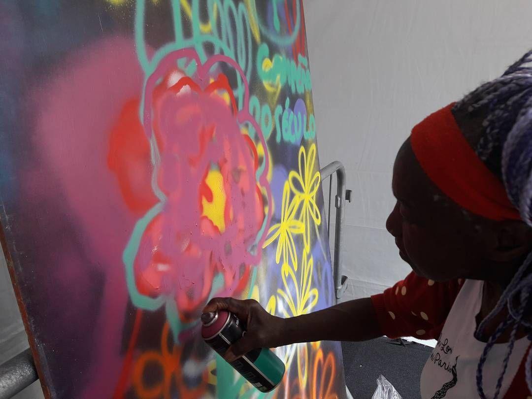 Evento do Sesc oferece oficinas gratuitas de customização, graffiti e hip-hop