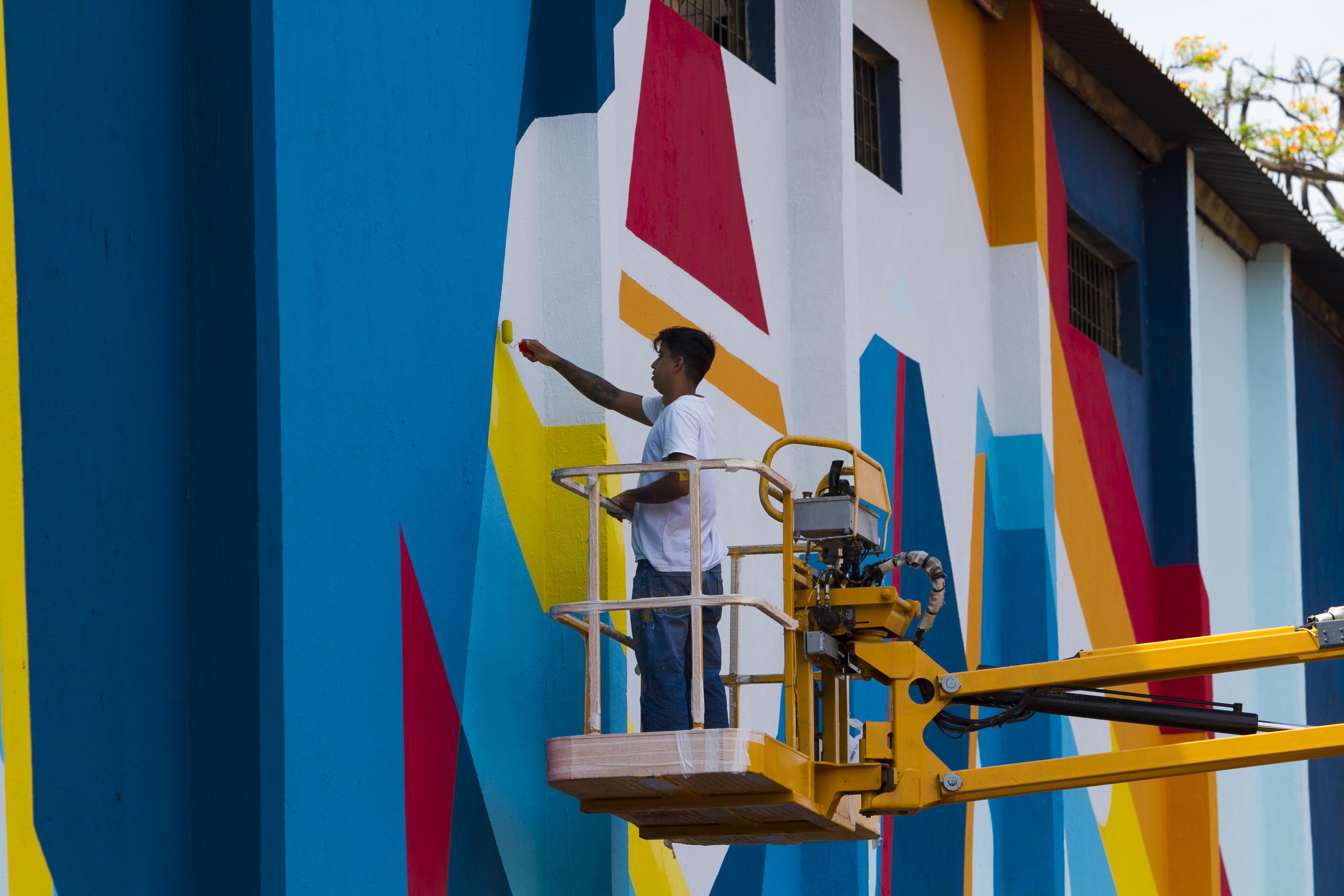 Selon lança catálogo de pintura de mega-painel de 500 m² na Avenida Perimetral