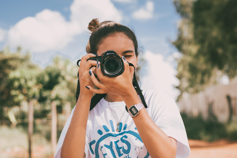 Bougainville recebe exposição de  fotografias do Projeto Eyes of the Street