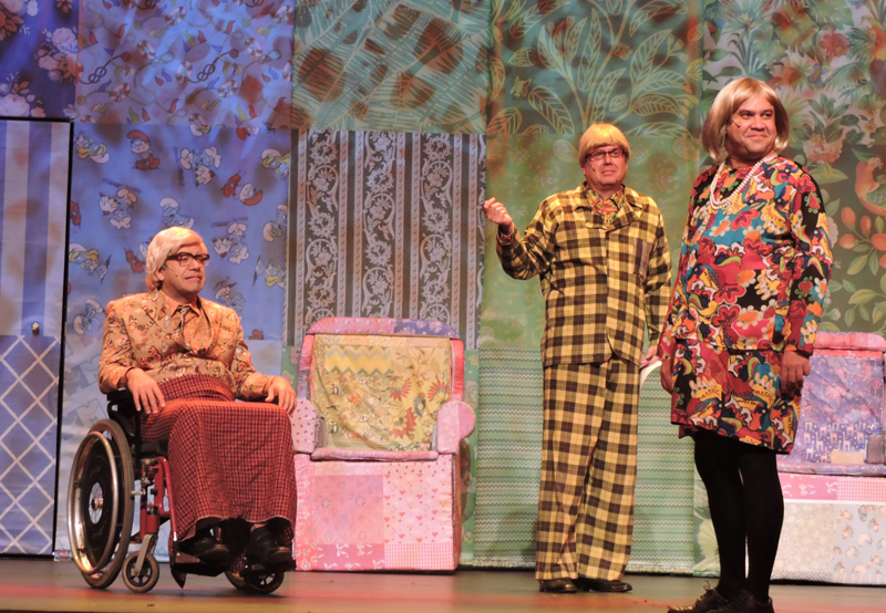 Cia. de comédia 'Os Melhores do Mundo' se apresenta no Teatro Rio Vermelho