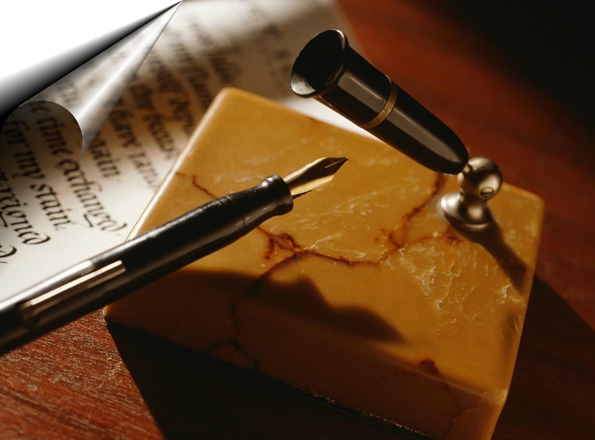 Exposição de autógrafos de grandes escritores goianos será realizada em shopping de Goiânia