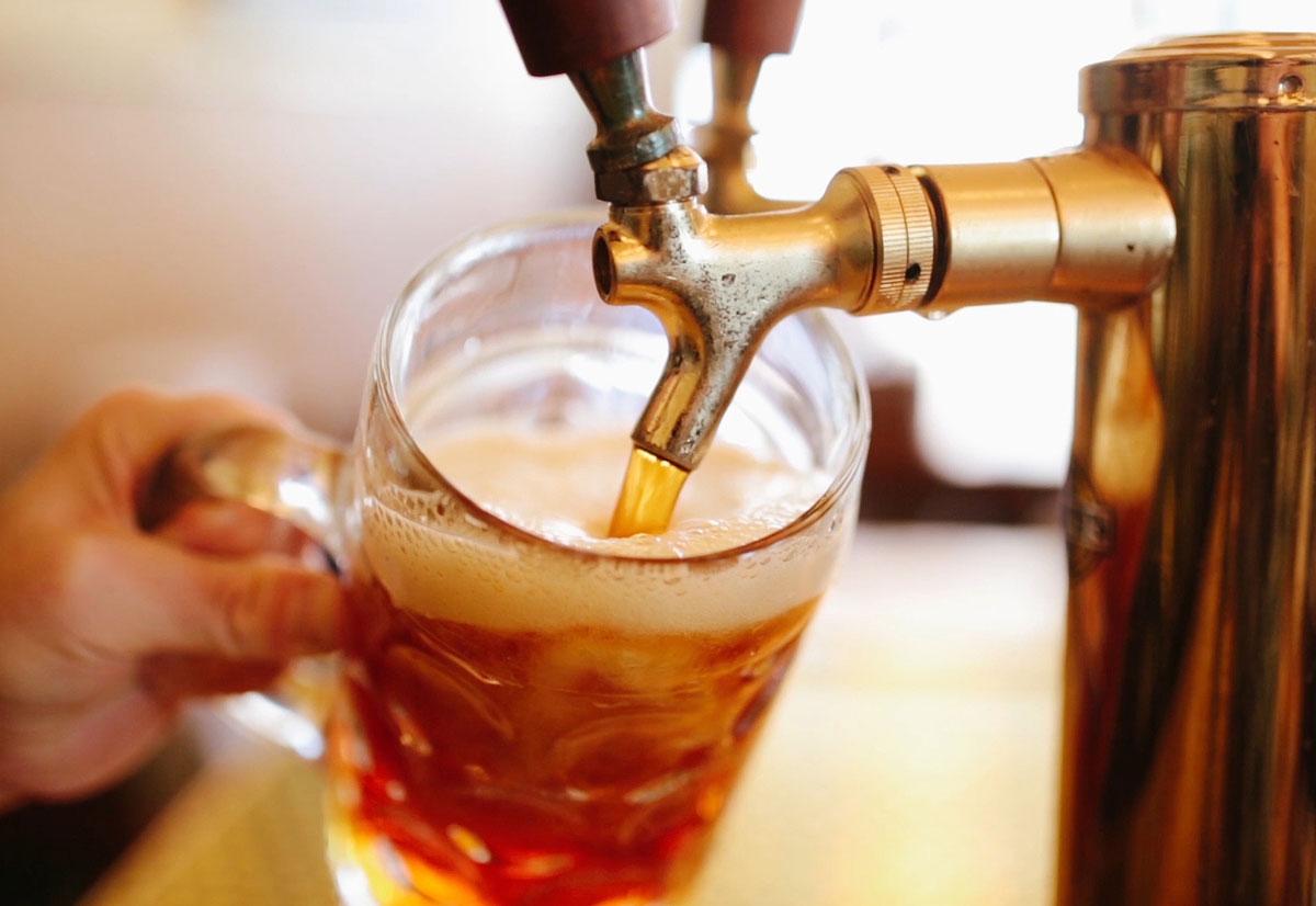 Feira de vinil com djs e muita cerveja artesanal acontece em Goiânia