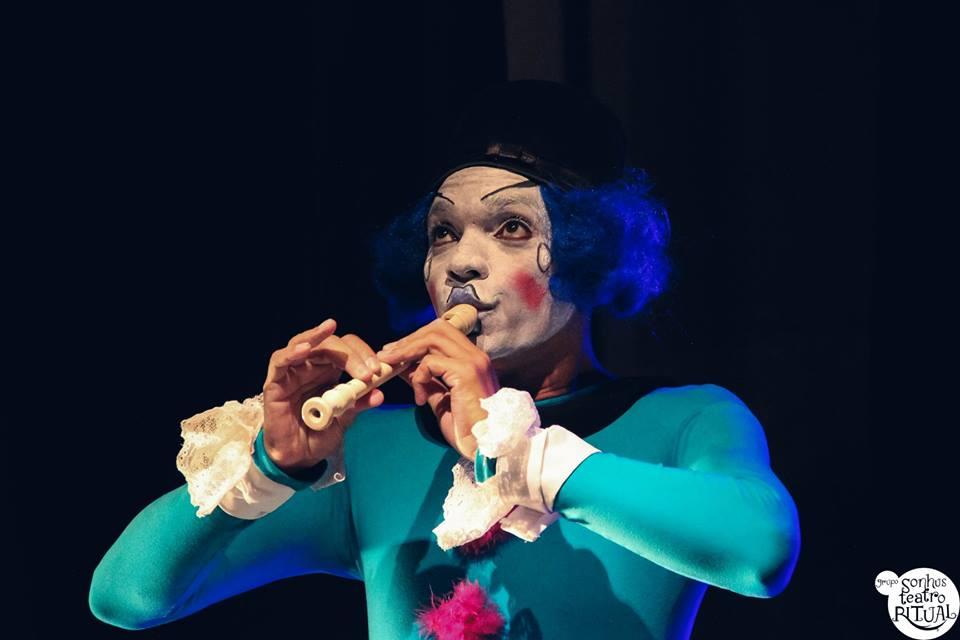 Projeto Domingo no Circo apresenta espetáculo infantil 'E aí, cadê seu nariz?'