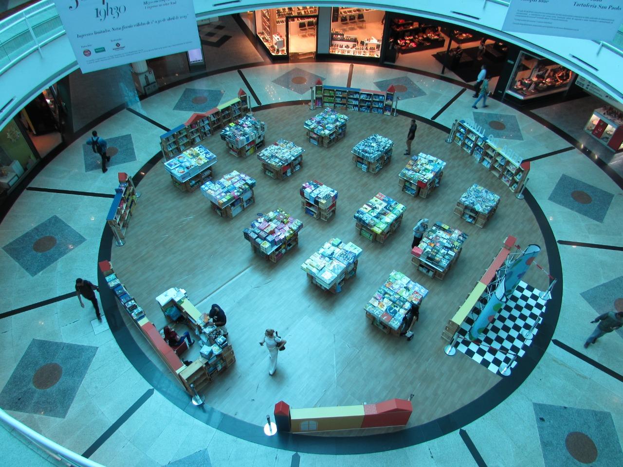 Feira de livros Letrinha traz programação especial para shopping em Goiânia
