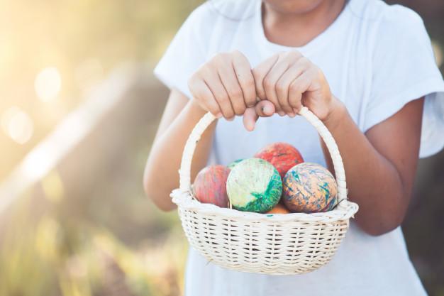 Oficina e caça aos ovos para crianças acontece no shopping Bougainville