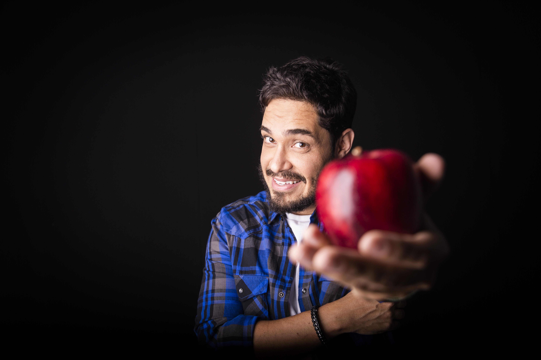 Diogo Almeida apresenta 'Vida de Professor' em Anápolis