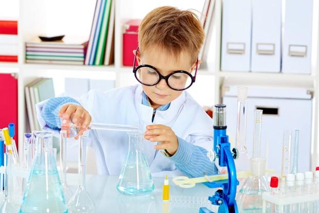 Crianças cientistas