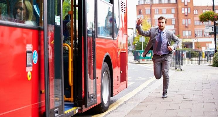 Meu inconsciente vive em um ônibus atrasado