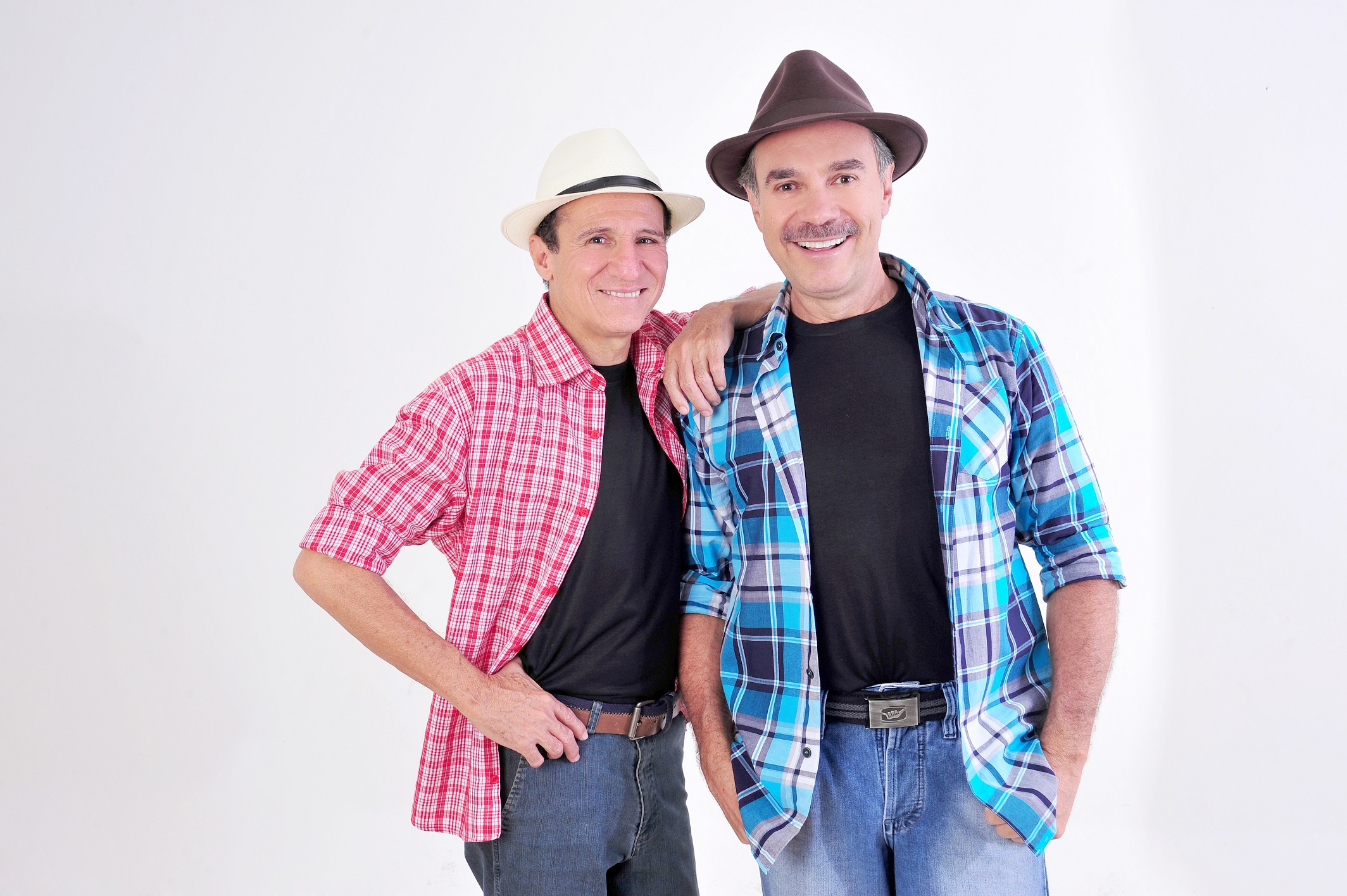 Nilton Pinto e Tom Carvalho apresentam show beneficente no Teatro Goiânia
