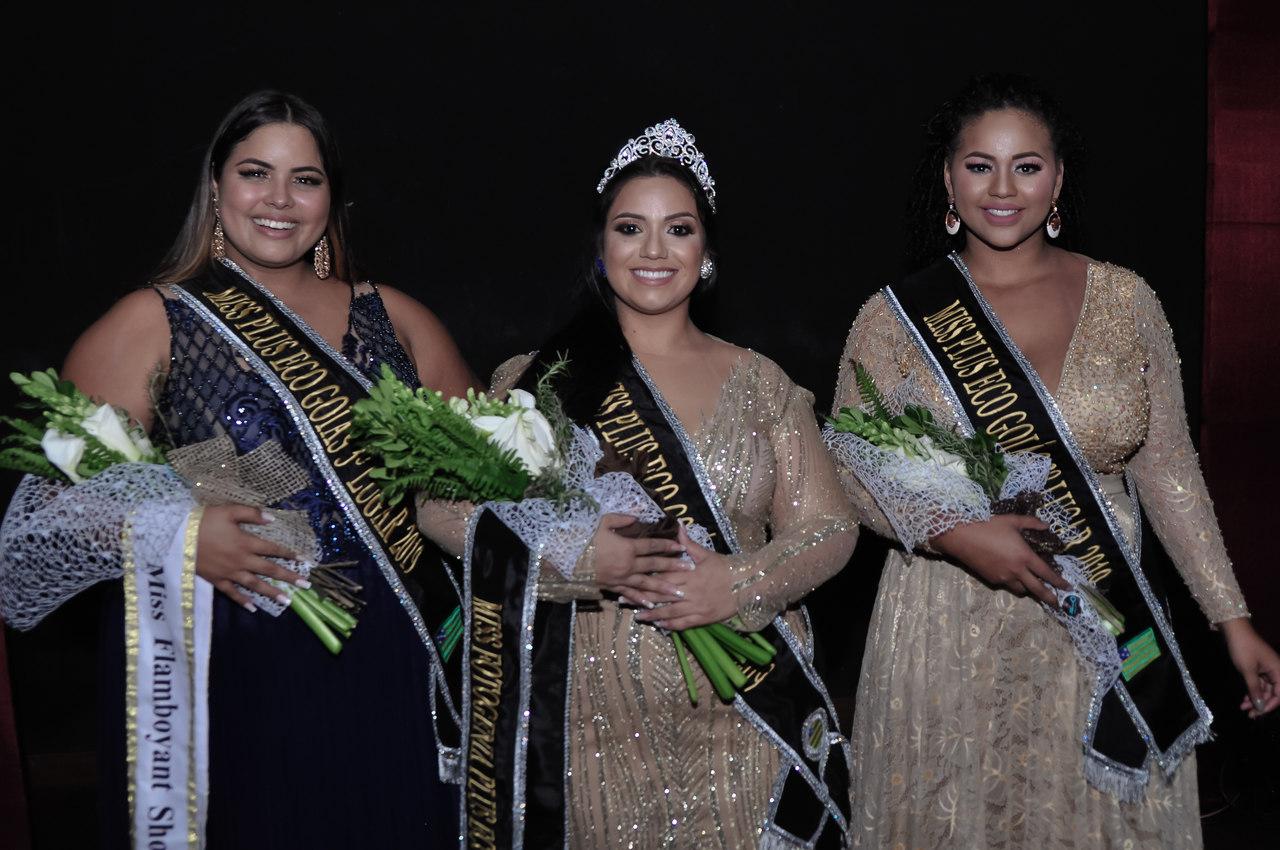 Camila Hans vence o concurso Miss Plus Eco Goiás 2019