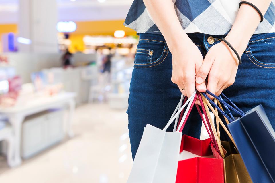 Shopping de Goiânia promove liquidação com descontos de até 70%
